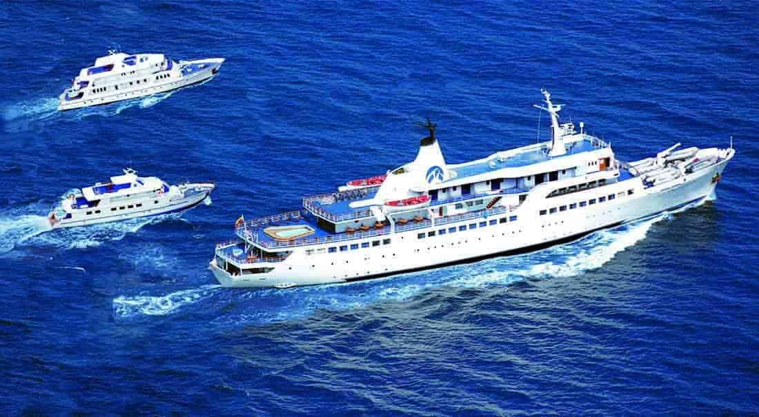 Galápagos Kreuzfahrtschiffe